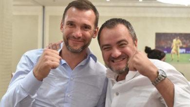Photo of Павелко в нетверезому стані намагався вигнати Суркісів з VIP-ложі. Але отримав відповідь в морду, – ЗМІ