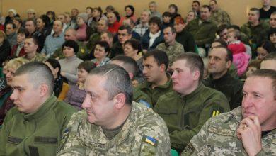 """Photo of Як в ННВК № 16 """"Престиж"""" вітали ніжинських військовослужбовців. Фото"""