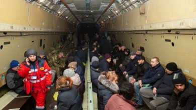 """Photo of Багатьом звільненим із ОРДЛО нікуди йти після виписки, – лікар """"Феофанії"""""""