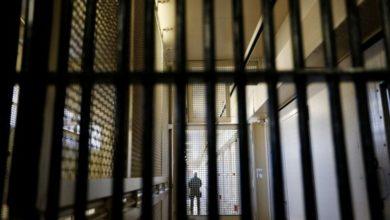 Photo of У Британії, Франції та США випускають тисячі ув'язнених з в'язниць через коронавірус