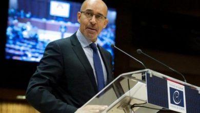 Photo of Представник ОБСЄ зі свободи слова Арлем Дезір піддав критиці український законопроект про дезінформацію