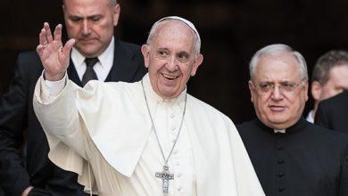 Photo of Кашель і нежить: Папа Римський захворів після зустрічі з прихожанами