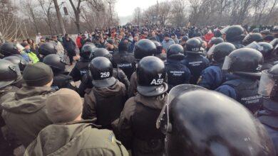 Photo of Протести у Нових Санжарах: затриманим загрожує до 8 років позбавлення волі