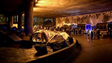 Photo of У Парижі поліція демонтувала останній великий табір мігрантів