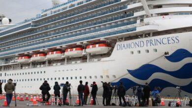 Photo of На Diamond Princess коронавірусом заразилися 620 чоловік, сотні пасажирів залишили лайнер