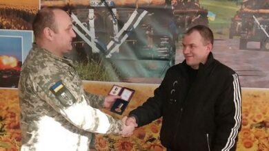 Photo of Ніжинські захисники Вітчизни отримали нагороди