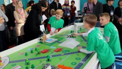Photo of Ніжинці брали участь у ІІІ міжнародному фестивалі робототехніки