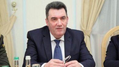 Photo of Вірю у вибори на Донбасі восени, але тільки на 50% – Данілов