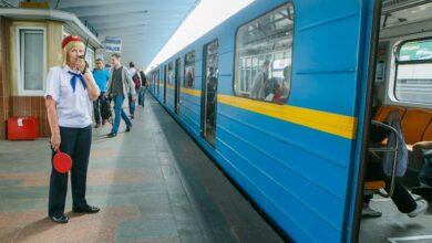 Photo of У метро Києва прогримів вибух: невідомі підірвали петарду