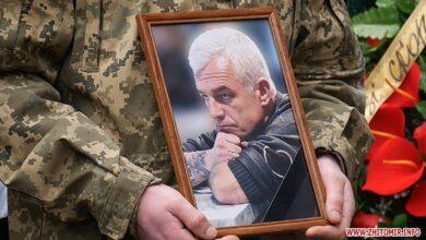 Photo of У Житомирі попрощались із відомим кіборгом і ветераном АТО Олегом Котенком: фото, відео