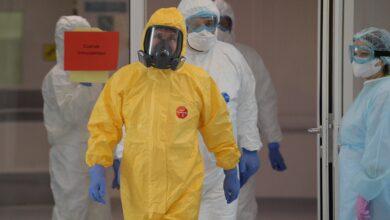 Photo of Путін у костюмі біологічного захисту навідався до лікарні з хворими на Covid-2019
