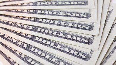 Photo of Готівковий курс валют 27 березня: гривня продовжує дешевшати на карантині