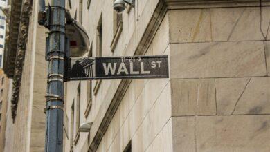 Photo of Фондовий ринок США росте попри прогнози про рецесію і рекордний рівень безробіття