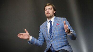 Photo of Гончарук розповів про наслідки дефолту: мінус 16% підтримки влади
