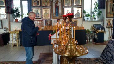 Photo of Як під час карантину у храмах Ніжина здійснюють богослужіння. Фото