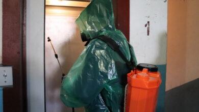Photo of У Ніжині дезінфікують під'їзди багатоквартирних будинків. Фото