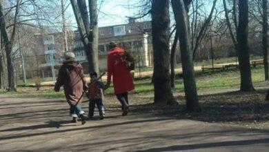 Photo of Викопали кущ серед білого дня: ще одна біда ніжинського багатостраждального парку