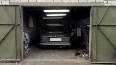 Photo of Виїжджаючи з гаража, наїхав на пішохода: ДТП на Космонавтів