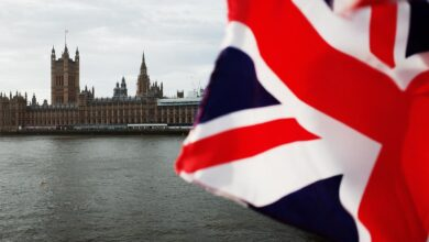 Photo of Коронавірус у Британії: за добу померли понад 500 людей