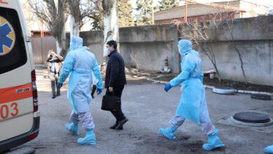 Photo of Медики Запоріжжя все ж отримають гроші за боротьбу з коронавірусом, – Зеленський