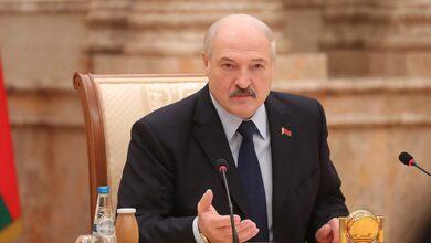 Photo of Лукашенко порадив боротися з коронавірусом спортом і сметанним маслом
