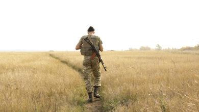 Photo of Бойовики продовжують гатити: один український військовий поранений