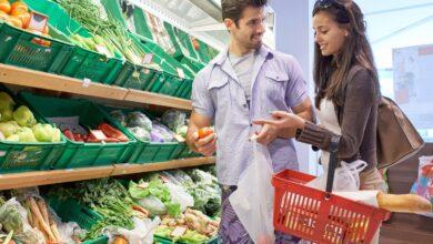 Photo of Чому дорожчають продукти для борщу, гречка і туалетний папір: пояснення НБУ