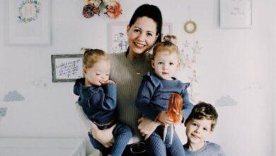 Photo of У британської пари народилися унікальні дівчатка-близнята: фото
