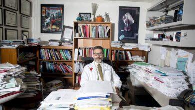 Photo of Не можна лікувати COVID-19 неперевіреними ліками, – провідний дослідник США