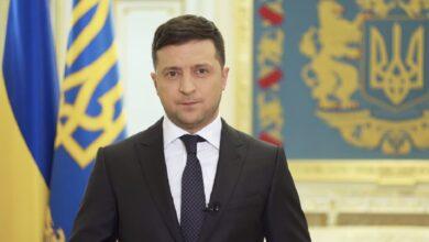 Photo of Зарплати та премії чиновників скоротять, – Зеленський