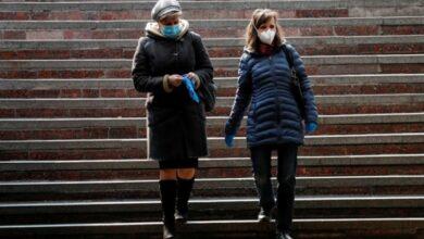 Photo of У Києві заборонили перебувати на вулиці без маски або респіратора