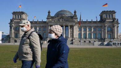Photo of У Німеччині діагноз пацієнтам ставлять по телефону, а за виїзд з міста штрафують на 5 тис. євро