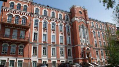 Photo of Через повідомлення про мінування Олександрівської лікарні поліція евакуювала понад 100 осіб, у тому числі хворих