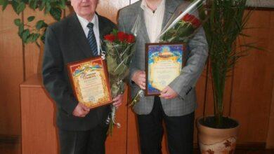 Photo of Ніжинських ректора та професора привітали з ювілеями