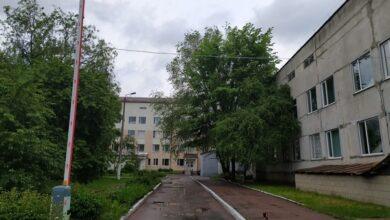 Photo of Шлагбаум біля пологового відкриватимуть тільки родичам новонароджених