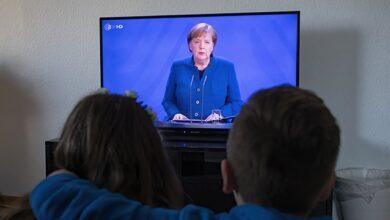 Photo of Меркель заявила Путіну, що влада Білорусі повинні відмовитися від насильства