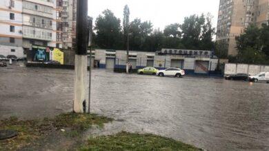 Photo of Негода в Одесі: затоплені кілька вулиць, зупинений рух тролейбусів і трамваїв