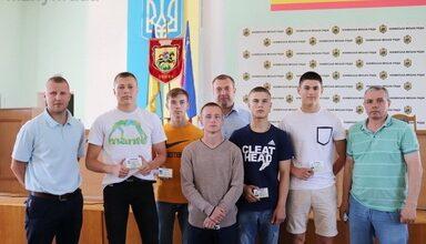 Photo of Ніжинські спортсмени отримали посвідчення кандидатів у майстри спорту
