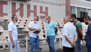 Photo of Міський голова Анатолій Лінник провів виїзну нараду на території міського стадіону «Спартак»