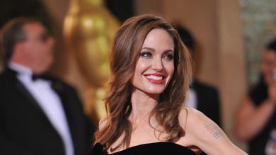 Photo of Лара Крофт, Малефісента та ще три найкращі ролі Джолі в кіно
