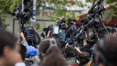 Photo of Ти ж журналіст: 10 стереотипів про працівників ЗМІ