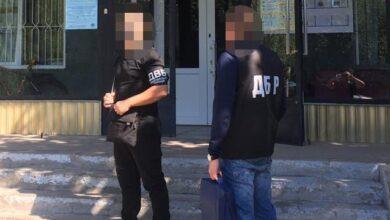 Photo of Нанесли 20 ударів: на Дніпропетровщині поліцейські вибивали зізнання у вбивстві
