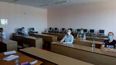 Photo of ЗНО з фізики: до Ніжина приїхали випускники з 10 районів Чернігівщини