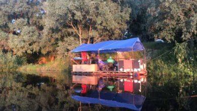 Photo of Мандрують річкою на плоту: як ніжинці втілили у життя свою дитячу мрію