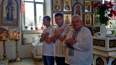 Photo of Свято Петра і Павла: у храмі святої Покрови привітали іменинників. Фото