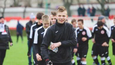 Photo of У 16-річного футболіста влучила блискавка на тренуванні