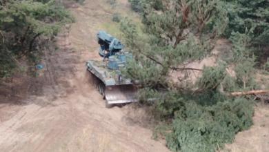 Photo of Як з пожежами в Луганській області бореться інженерний танк ІМР-2