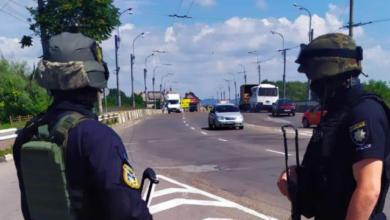 Photo of Захоплення заручників у Луцьку та Полтаві: чи правильно діє українська поліція