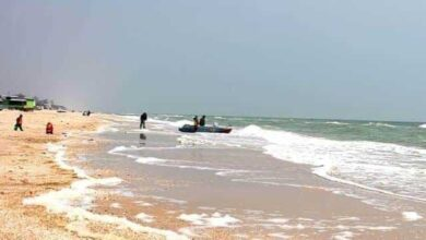 Photo of На Арабатській стрілці поліцейський втонув у морі, рятуючи підлітків