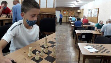 Photo of Запекла боротьба: у Ніжині відбувся шаховий об'єднаний турнір. Фото